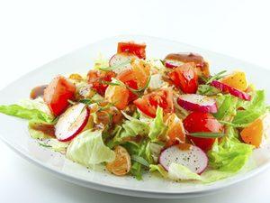 red wine vinegrette salad