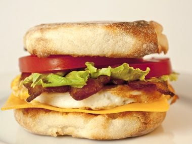 Healthy breakfast recipes you can use today readers digest make a breakfast sandwich forumfinder Choice Image