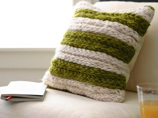 06-knitting-throw-pillow-fsl.jpg