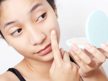 Choose oil-free or non comedogenic products if you're acne-prone.