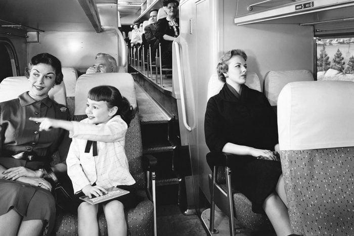 Look mom, on train
