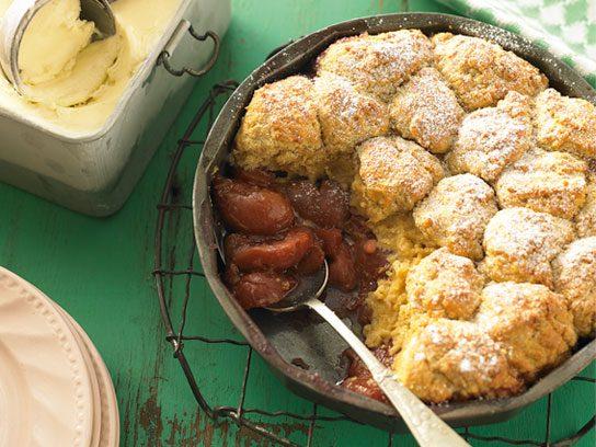 Easy Desserts That Showcase Seasonal Ingredients