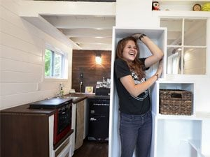 The Inspiring Story of Sicily and Her Tiny House
