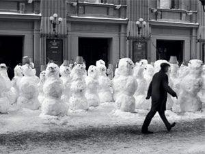 row of snowmen