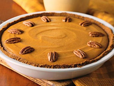 No-Bake Pumpkin Pie With Gingersnap Crust