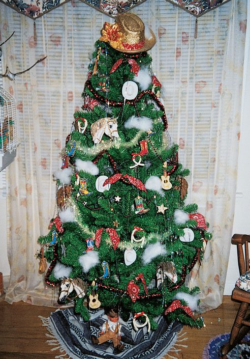 a cowboy christmas is the theme for mavis lapointe out west in hythe alberta - 5 Christmas Tree