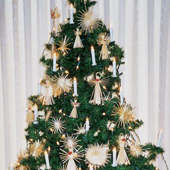5 Christmas Tree Decorating Ideas