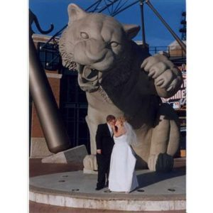 15 Funny Wedding Photos and Quotes