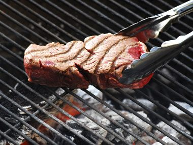 9 Grilling Mistakes Even Seasoned Barbecue Cooks Can Still Make
