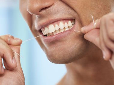 10 Tips for Whiter Teeth