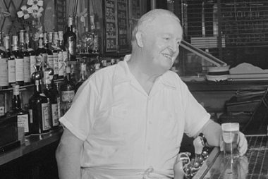 b639ec944 15 Witty Bar Jokes Anyone Can Remember | Reader's Digest