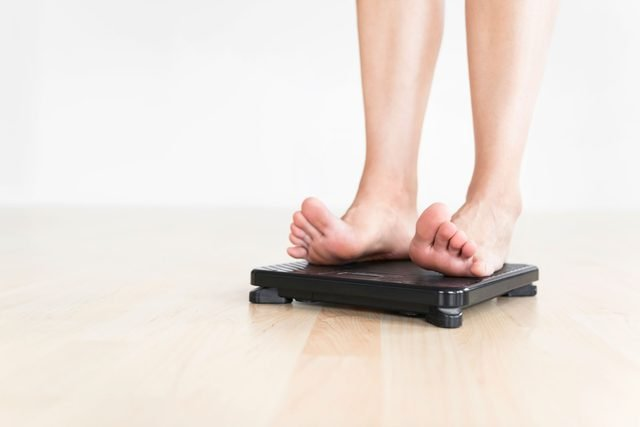 how to lose weight fast scale