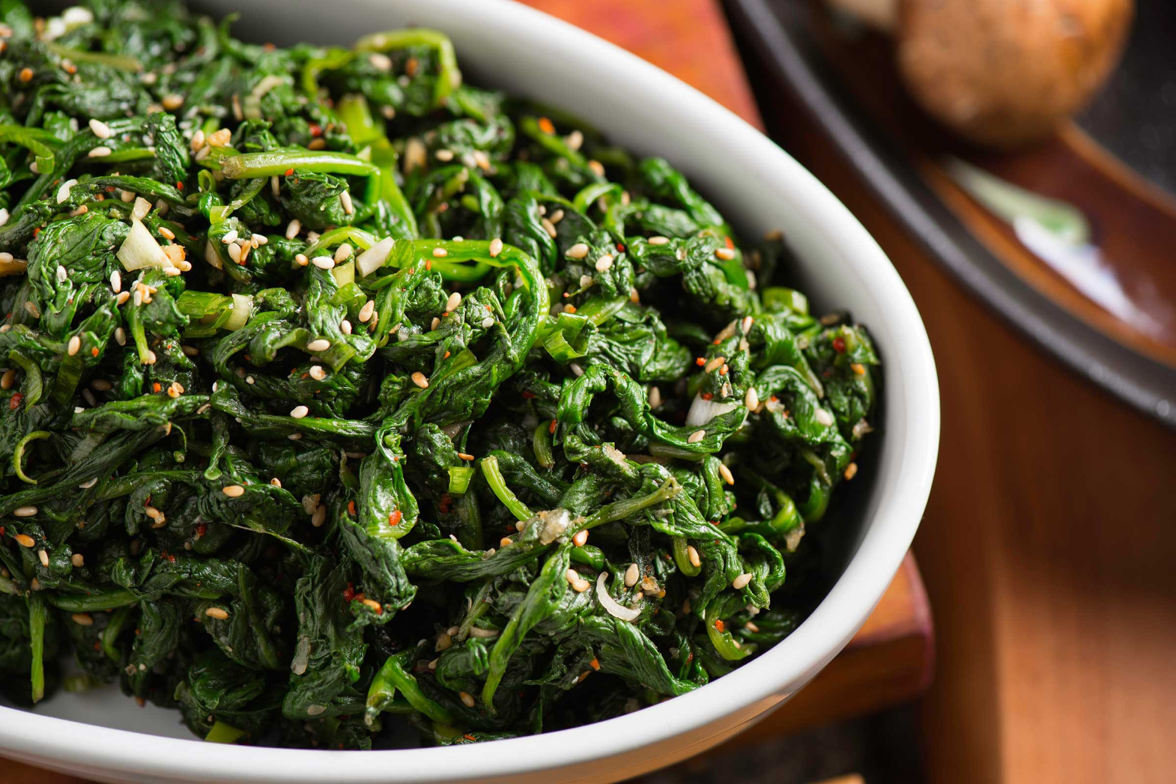Cooked spinach: 41 calories per 1 cup