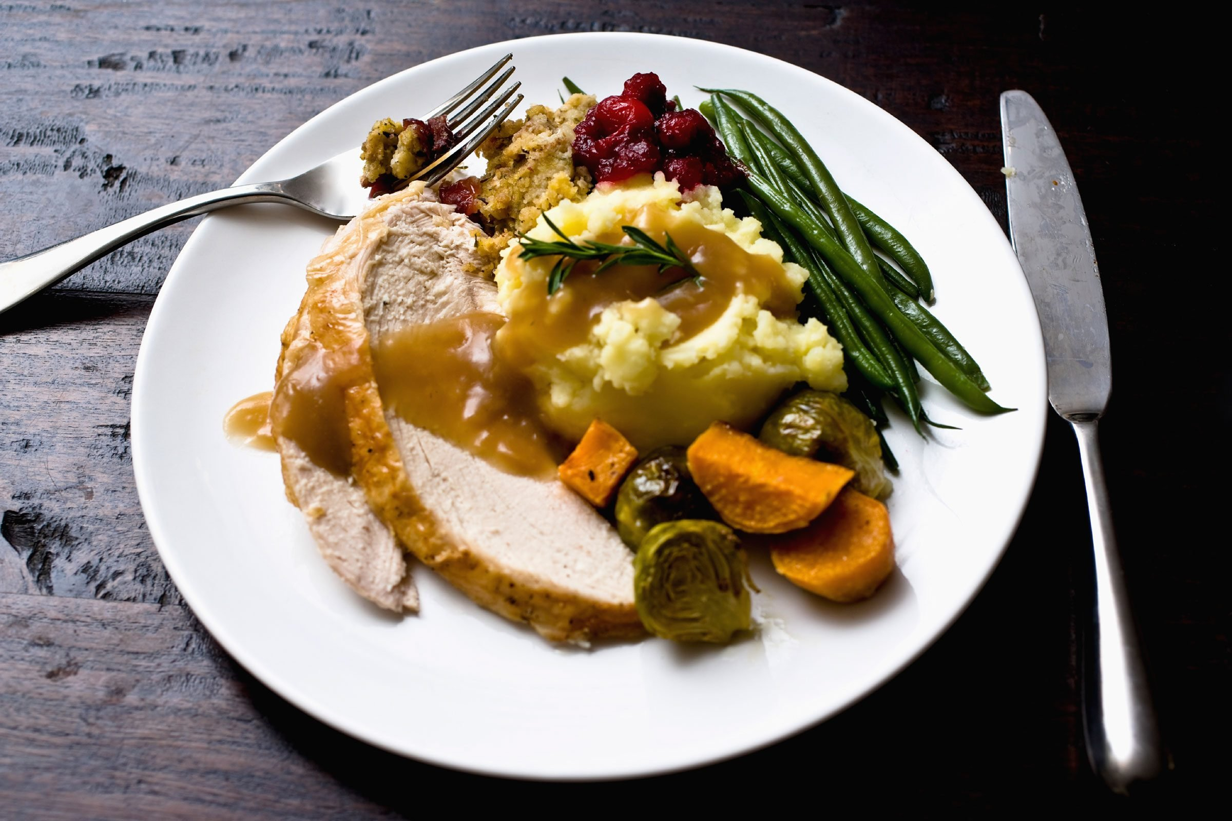 What's the best way to reheat cold turkey?