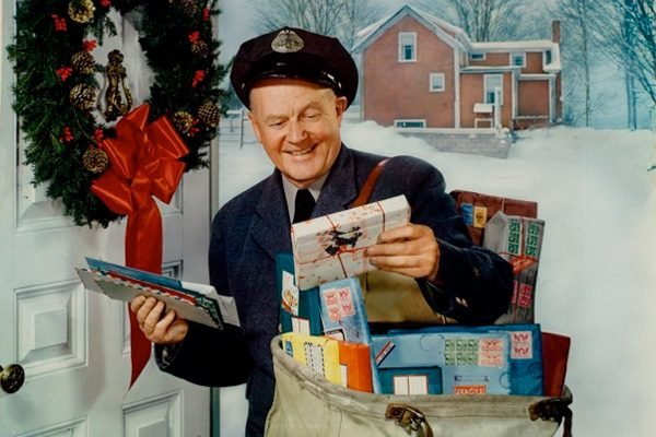 4 Heartwarming True Tales of Vintage Christmas Kindness