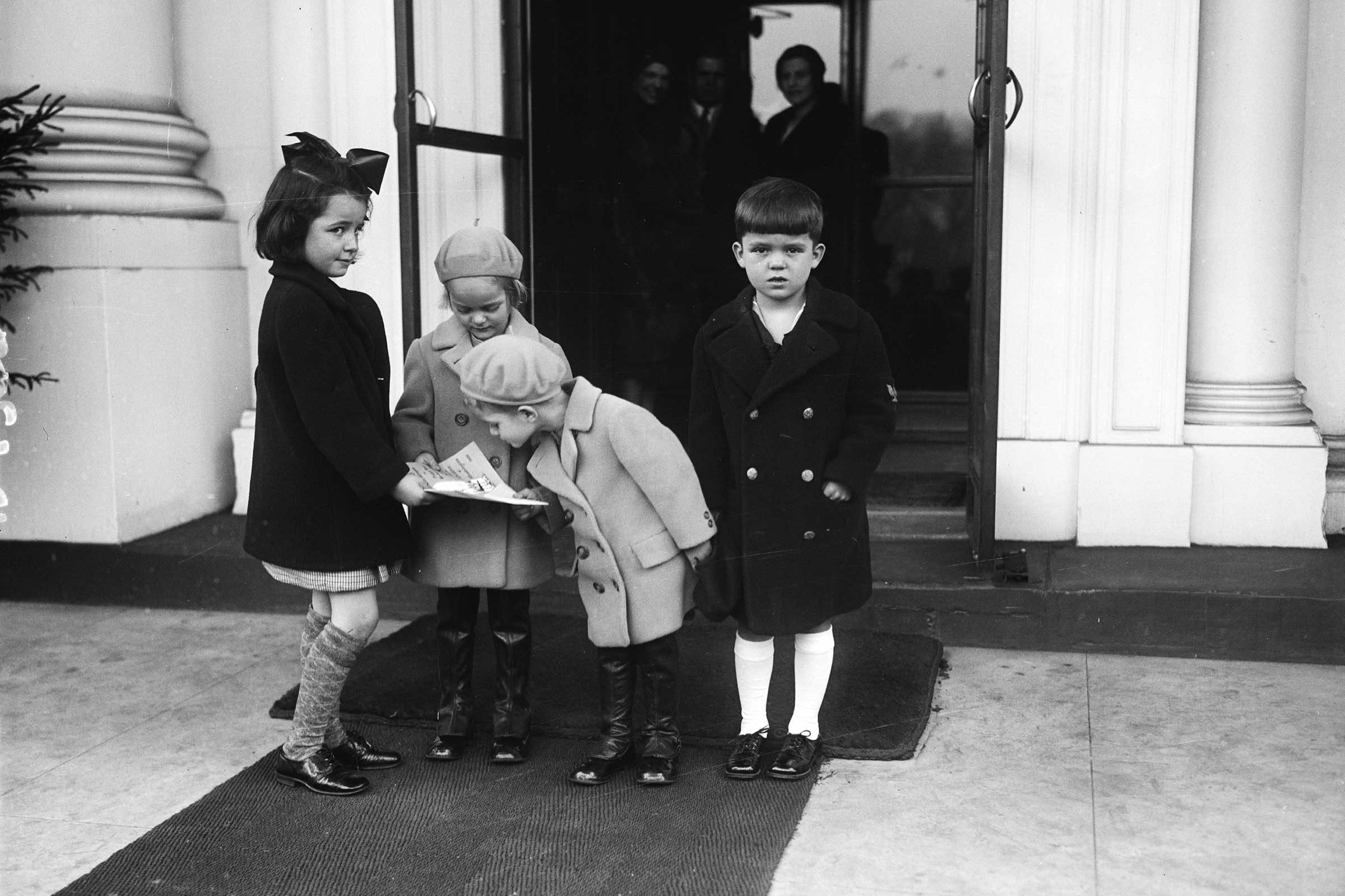 harris ewinglibrary of congress - Vintage Christmas Photos