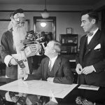 15 Vintage Photos of Christmases Past