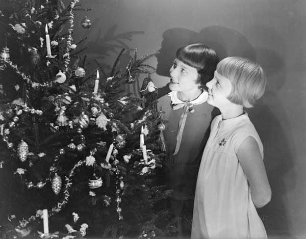 christmas-kindness-tree