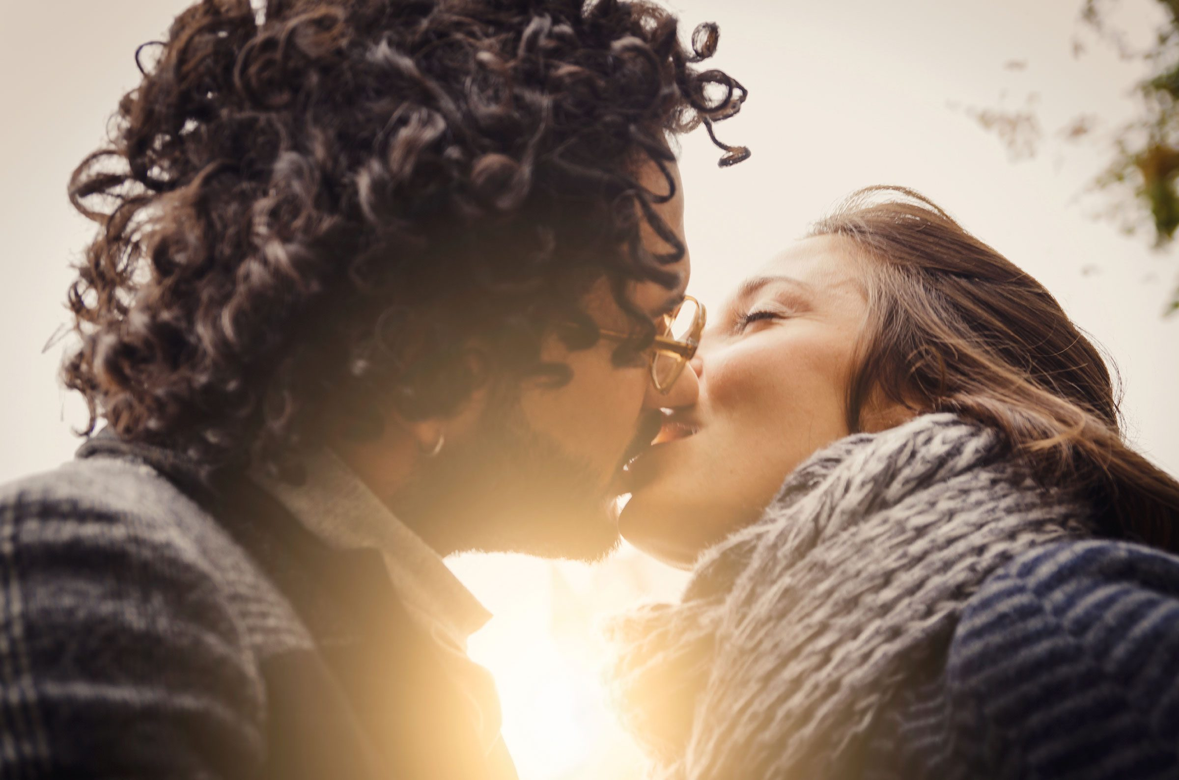 3. Kissing keeps facial muscles strong.