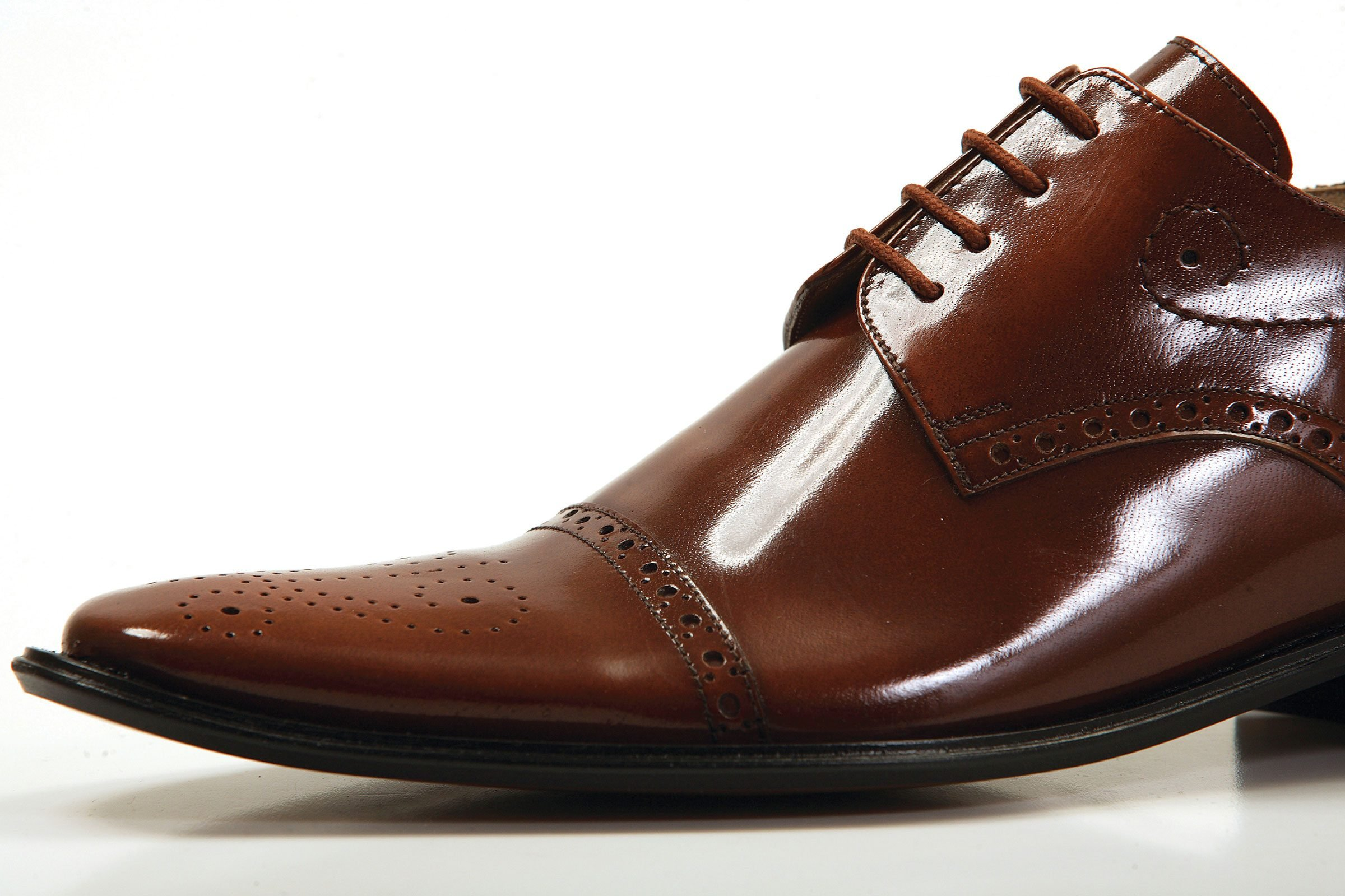 How To Fix Noisy Leather Shoes