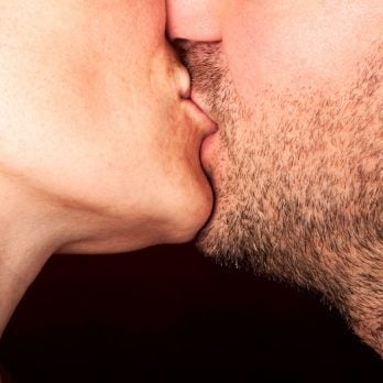 9 Ways Kissing Makes You Stronger