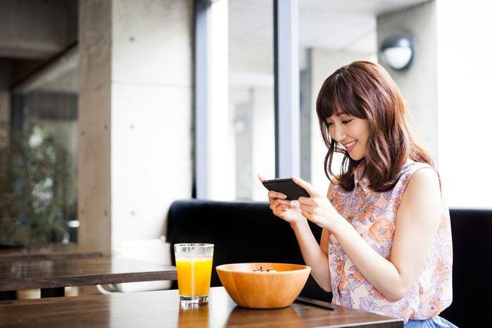 social media weight loss logging meals