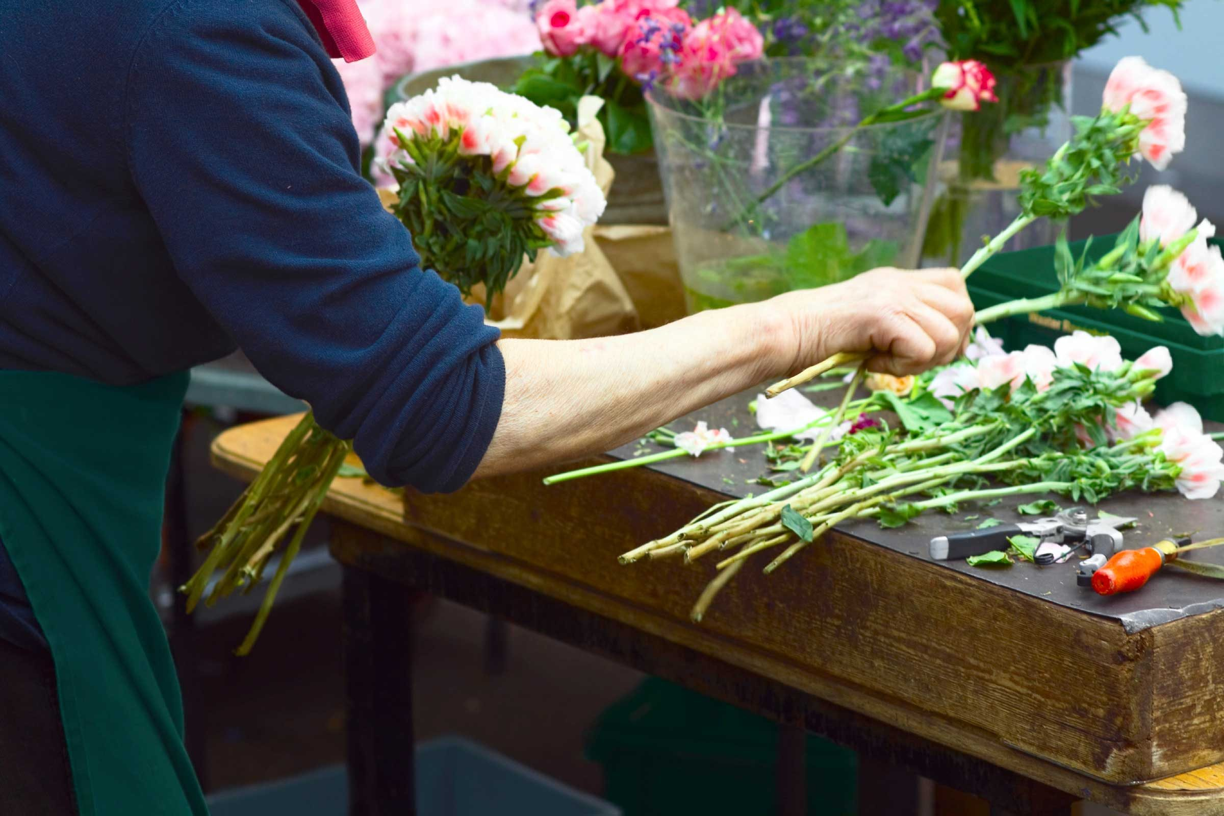 26 Things Your Florist Won 39 T Tell You Reader 39 S Digest