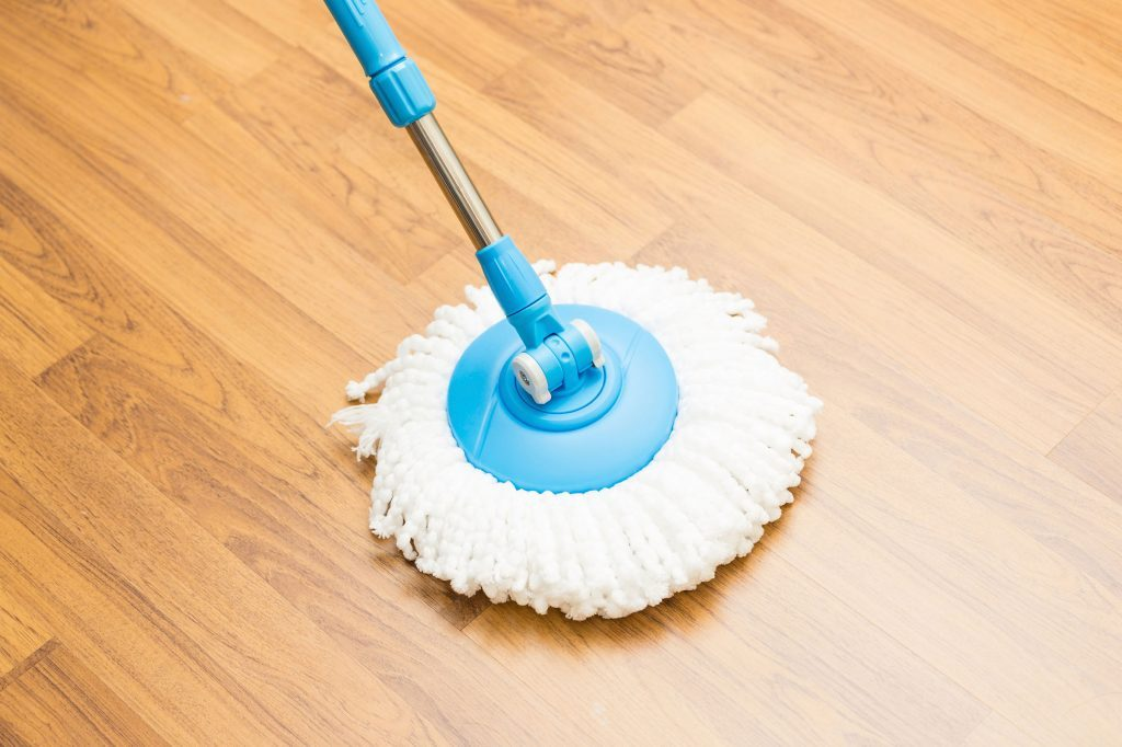 How To Clean Vinyl Floors 11 Tricks You Need To Know Readers Digest
