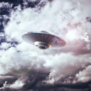 15 shocking pranks ufo