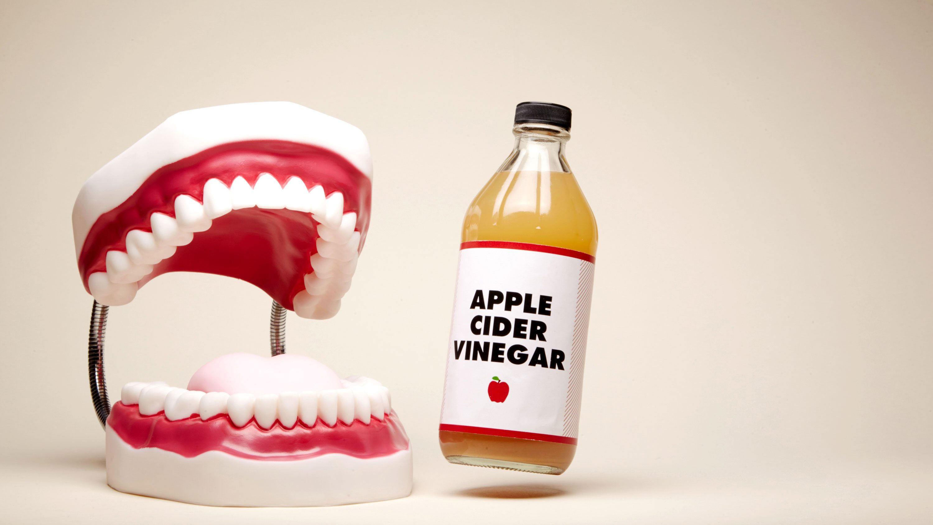 Does gargling with apple cider vinegar help a sore throat
