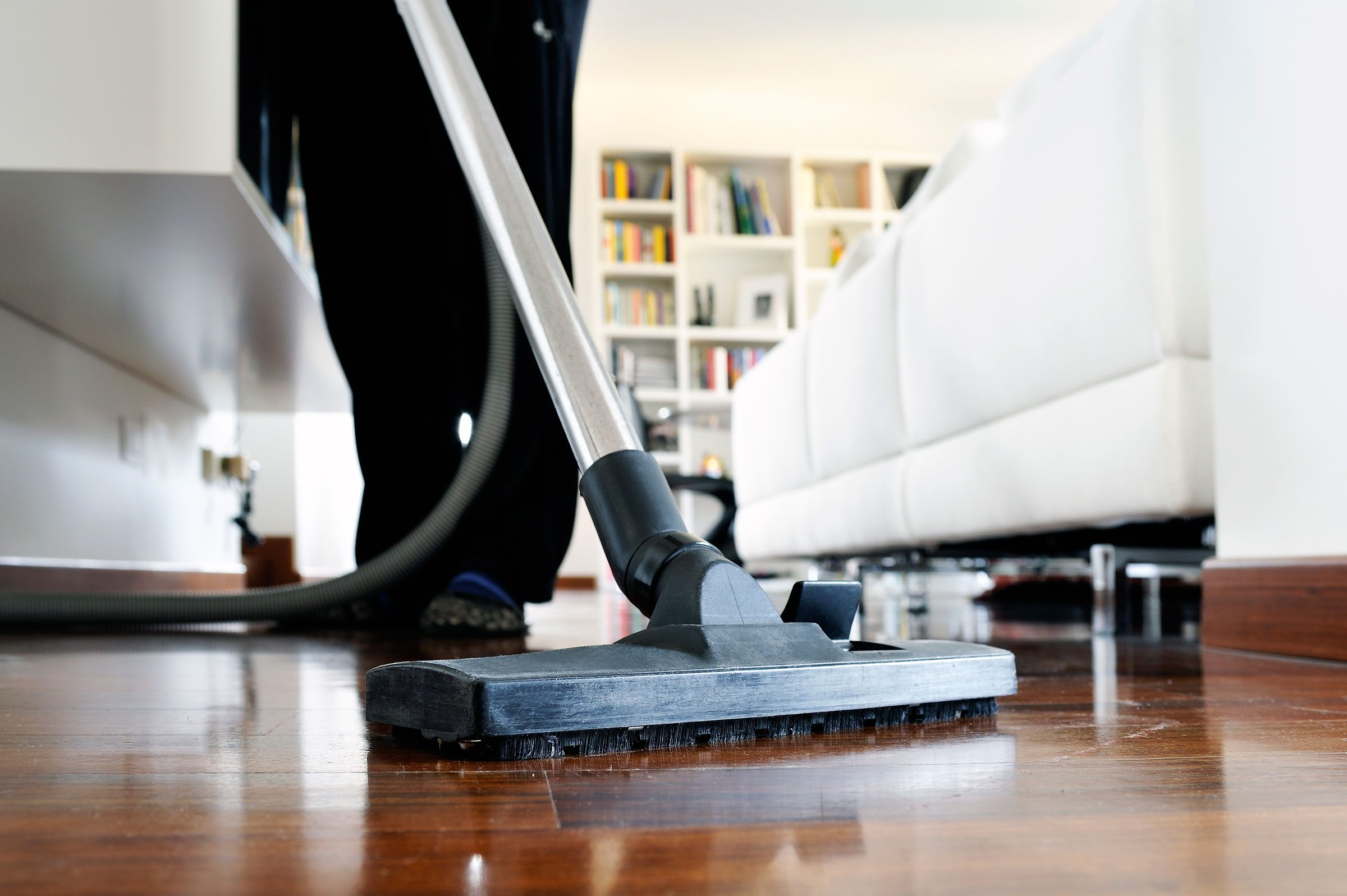 How to clean your living room in 5 minutes - I Had One Client Who Would Clean His House Before I Would Even Show Up