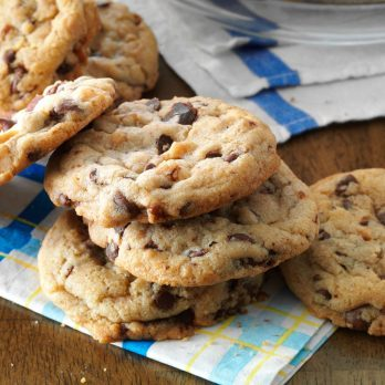 No-Oven Chocolate Chip Cookies Recipe