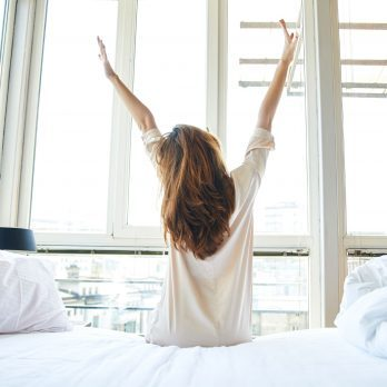 9 Almost Effortless Ways to Become a Morning Person