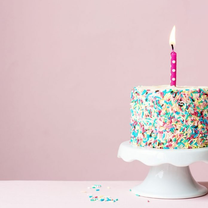"""13 Things You Never Knew About the """"Happy Birthday"""" Song"""
