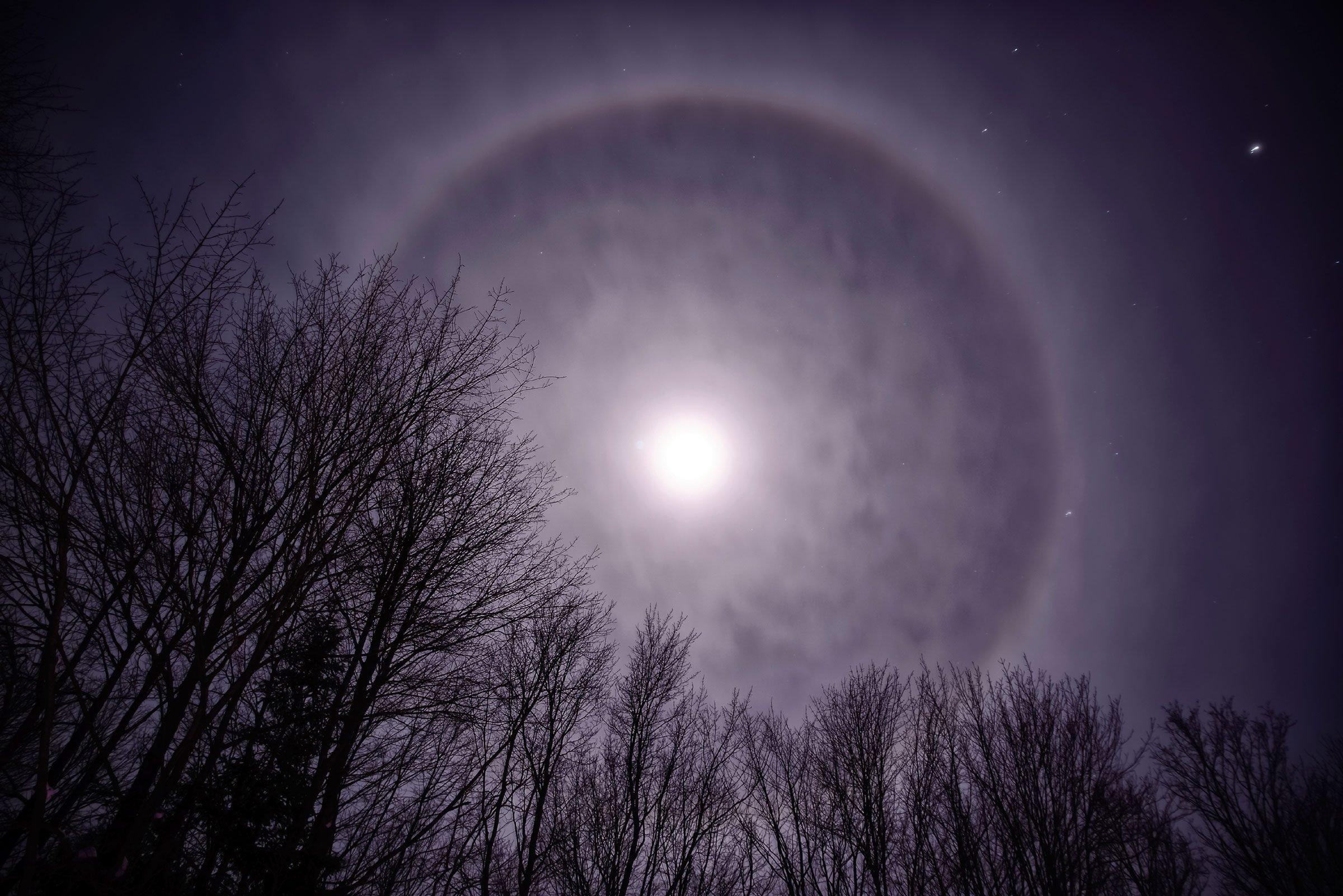 natural phenomenon moonbows
