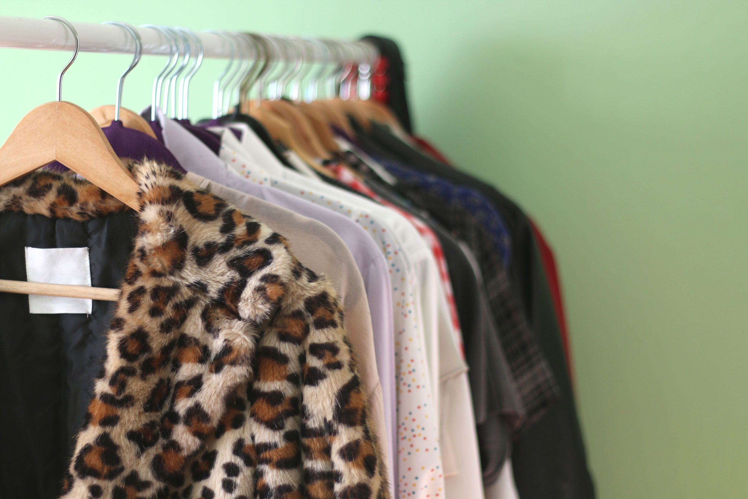 13 Things Thrift and Consignment Shops Don't Tell You
