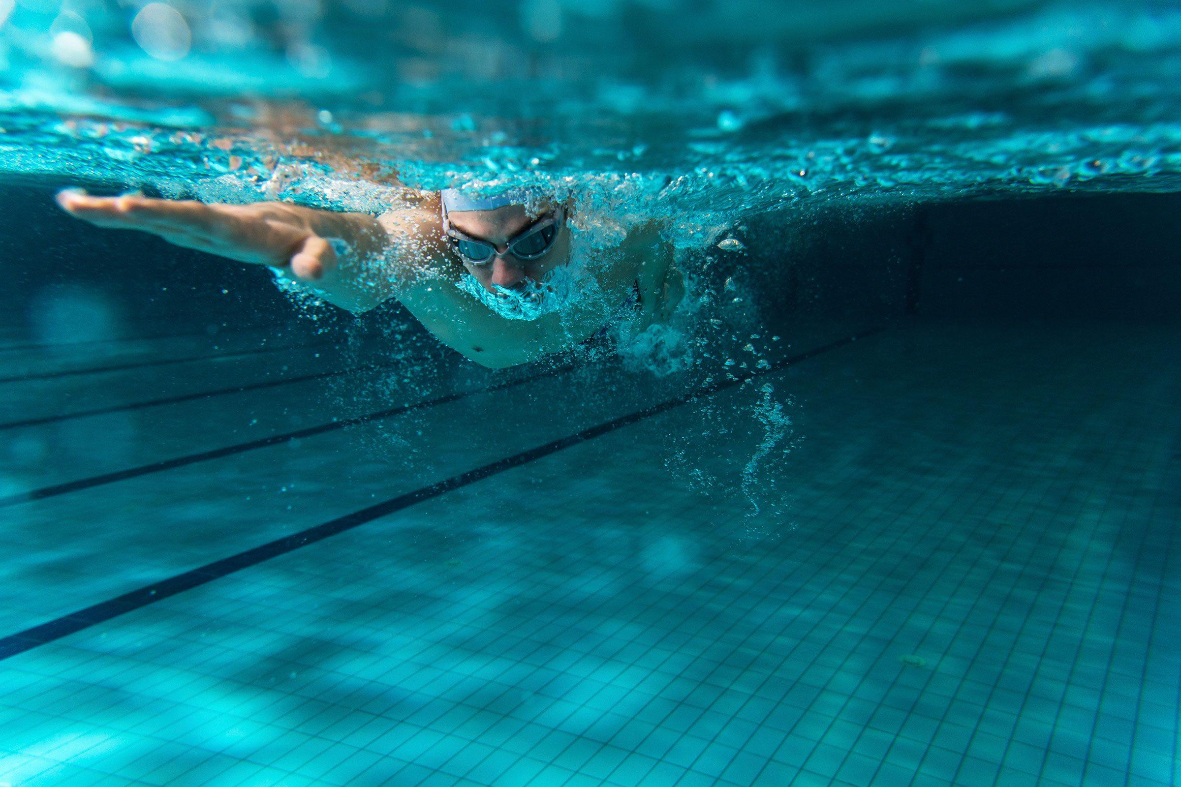 beat the pain of arthritis swimming