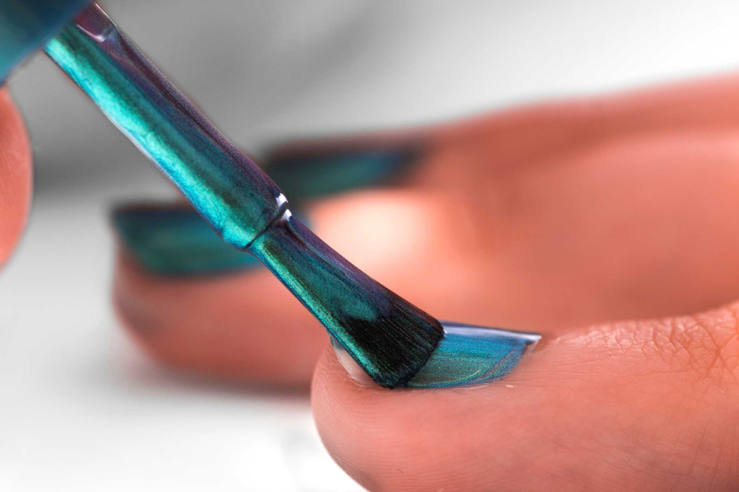 What Your Nail Polish Color Reveals About You | Reader\'s Digest