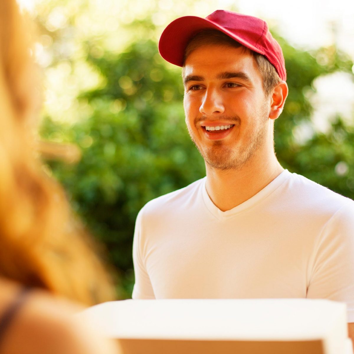 fbe15f903 27 Things Your Pizza Guy Won't Tell You | Reader's Digest
