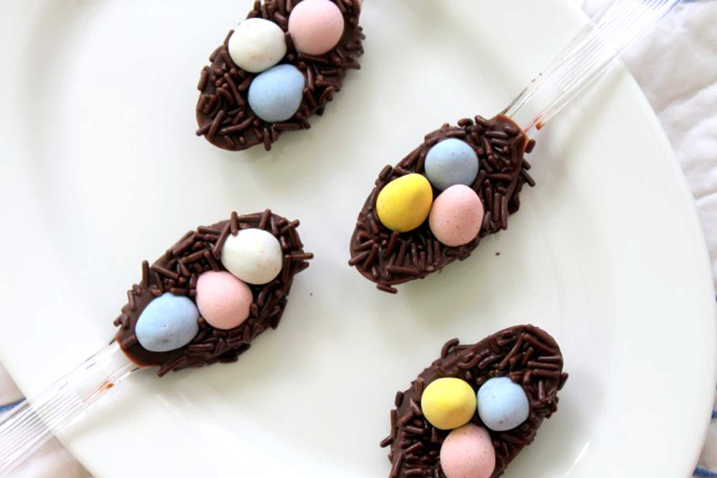 easter decorating ideas to beautify your easter Chocolate Easter Egg Nests