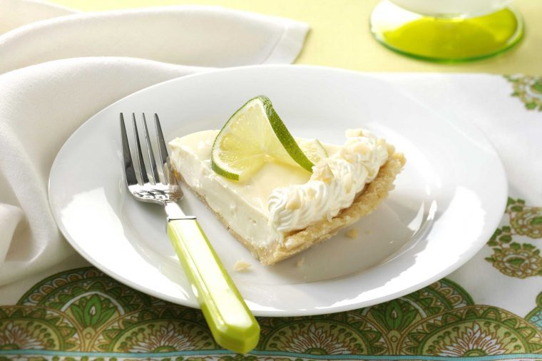 no bake pies macadamia key lime pie