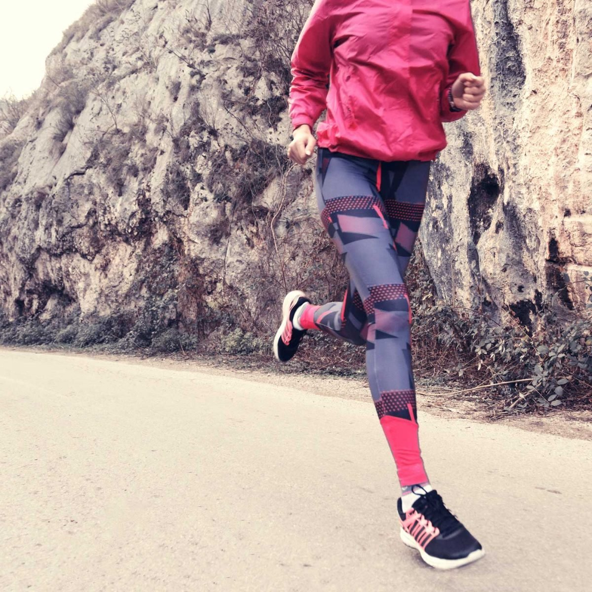 858a28fbf2 How Leggings and Tight Clothes Cause Health Issues | Reader's Digest