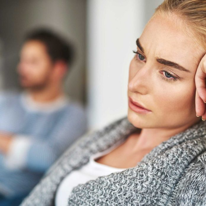 9 Subtle Signs You're in a Toxic Relationship