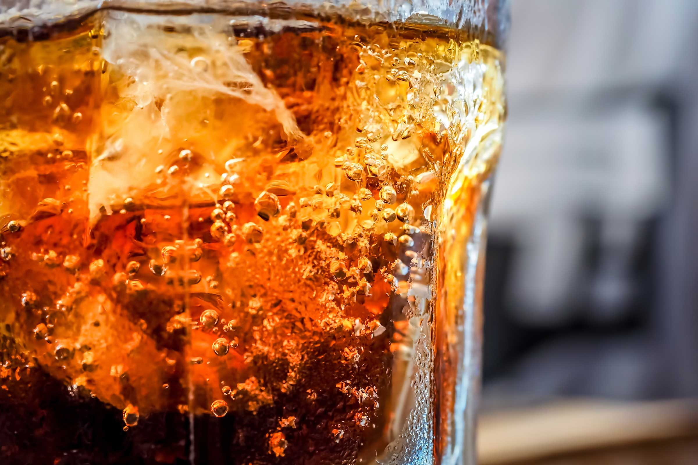 belly bloating diet soda