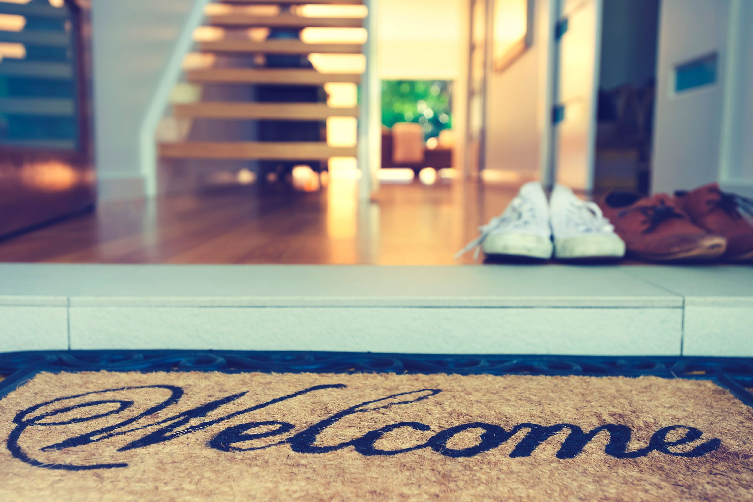 welcome mat outside door