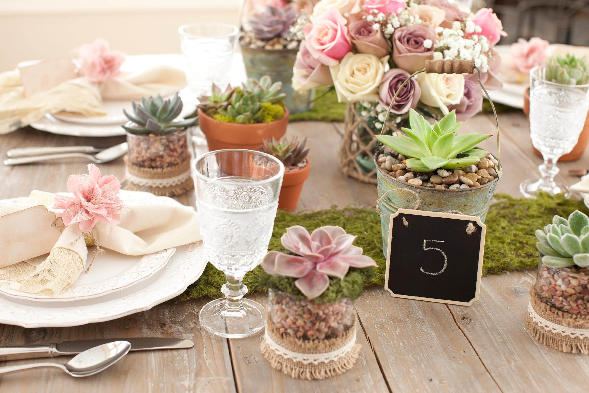 Secrets Wedding Planners Won't Tell You | Reader's Digest