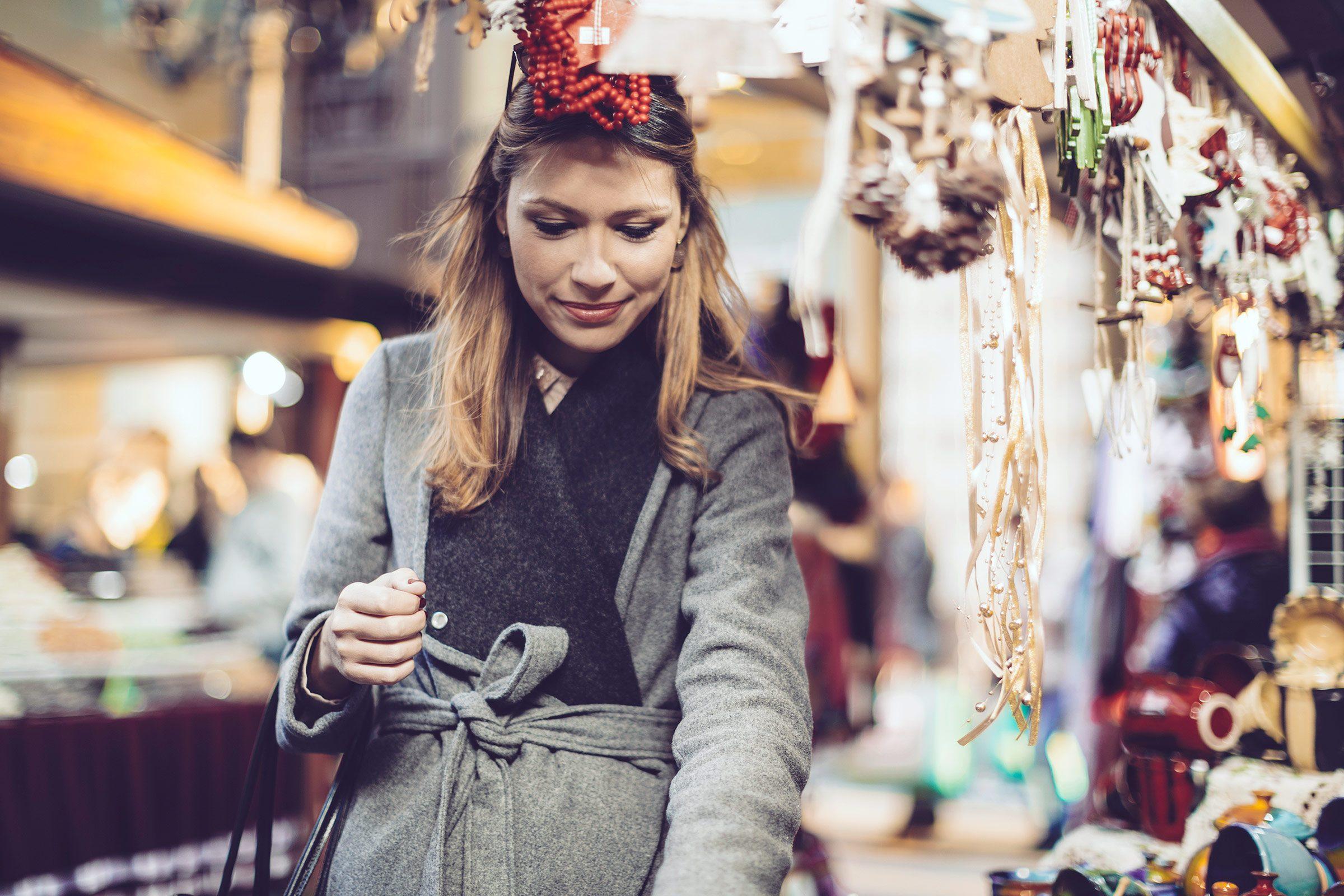 01-holiday-exercise-walk-shopping