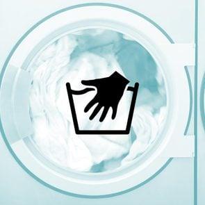 01-laundry-symbols-hand-wash