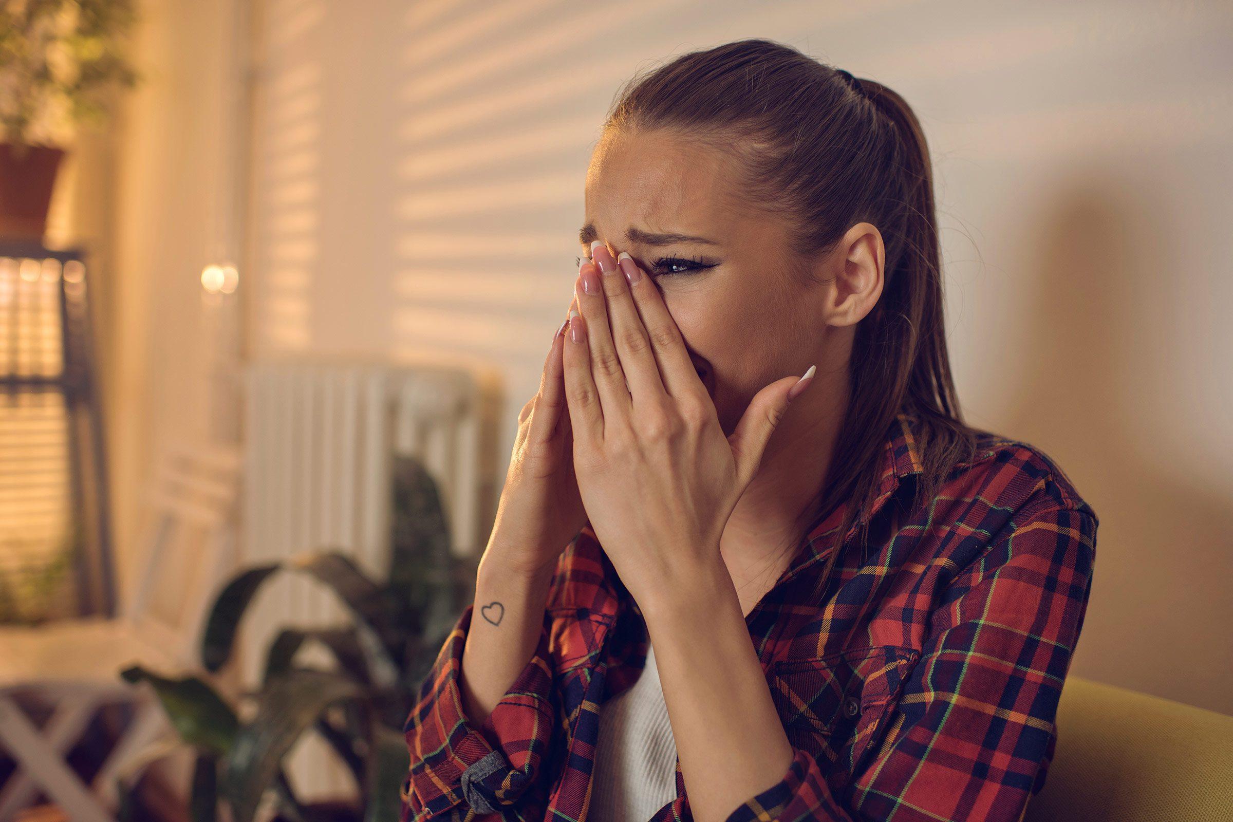 Dangerous stress relief techniques and unhealthy habits women