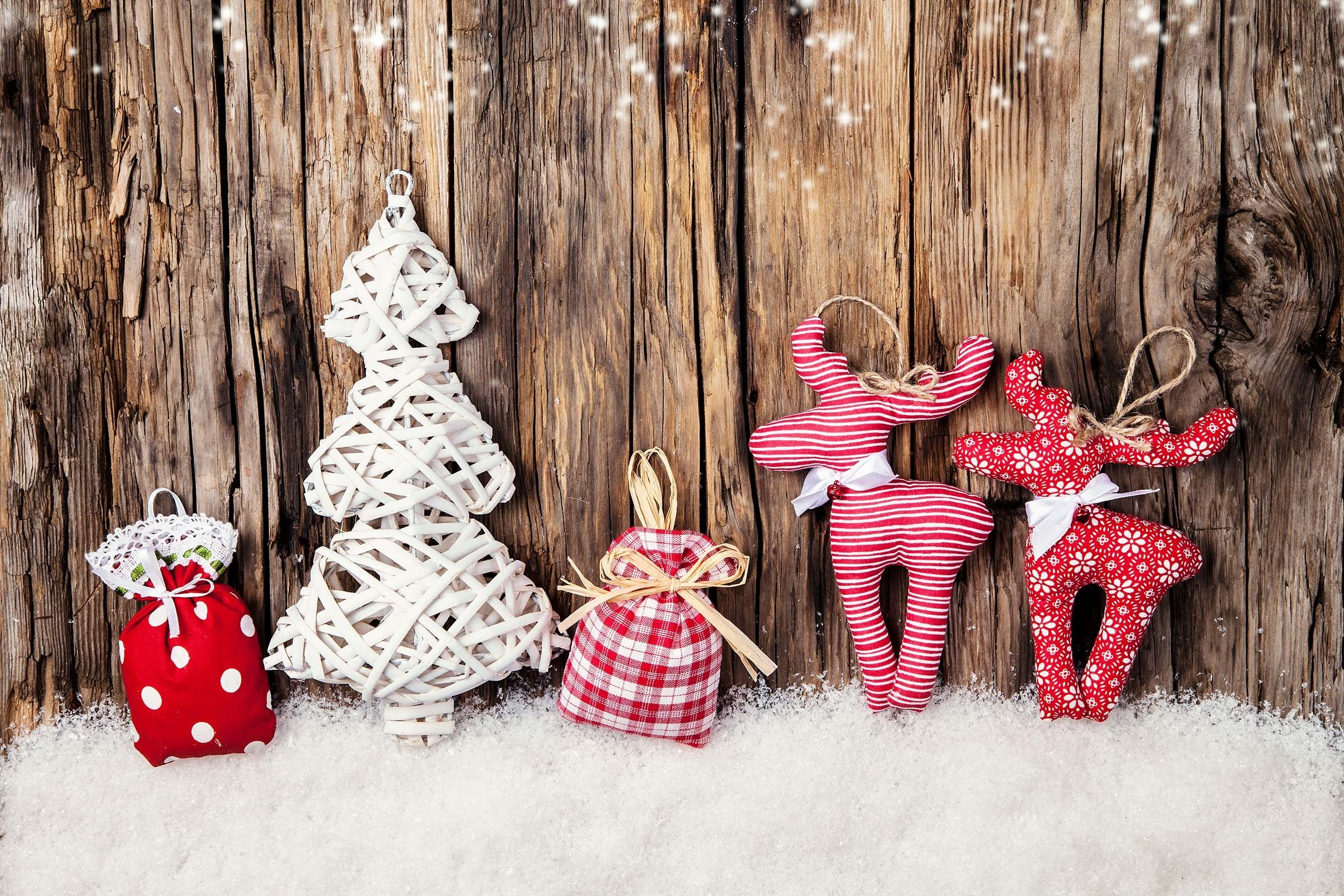 Make The Best College Care Package Ever Readers Digest - 16 amazing christmas decorations that make hospitals a better place to heal 4 is just brilliant